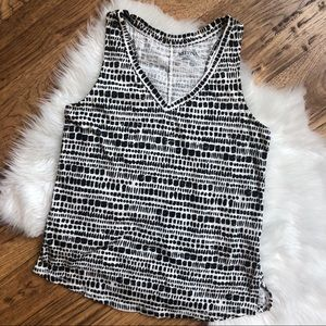 V-Neck Boho Tank Top Black & Cream